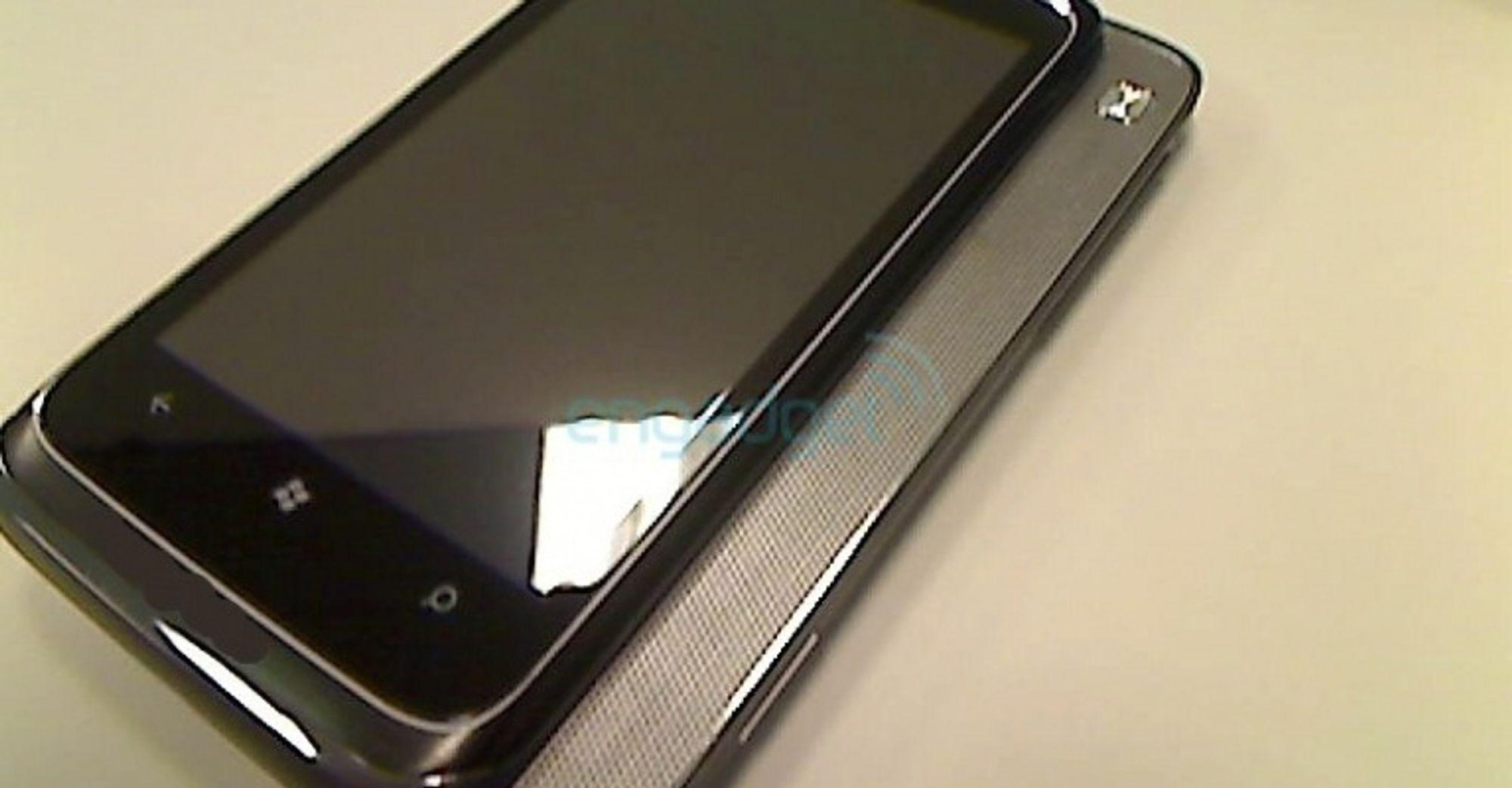 Bekrefter Windows Phone 7-lansering