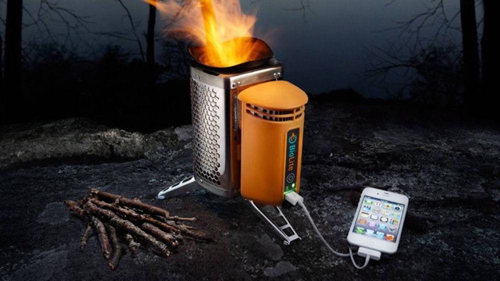 Slik lader du mobilen på bålet