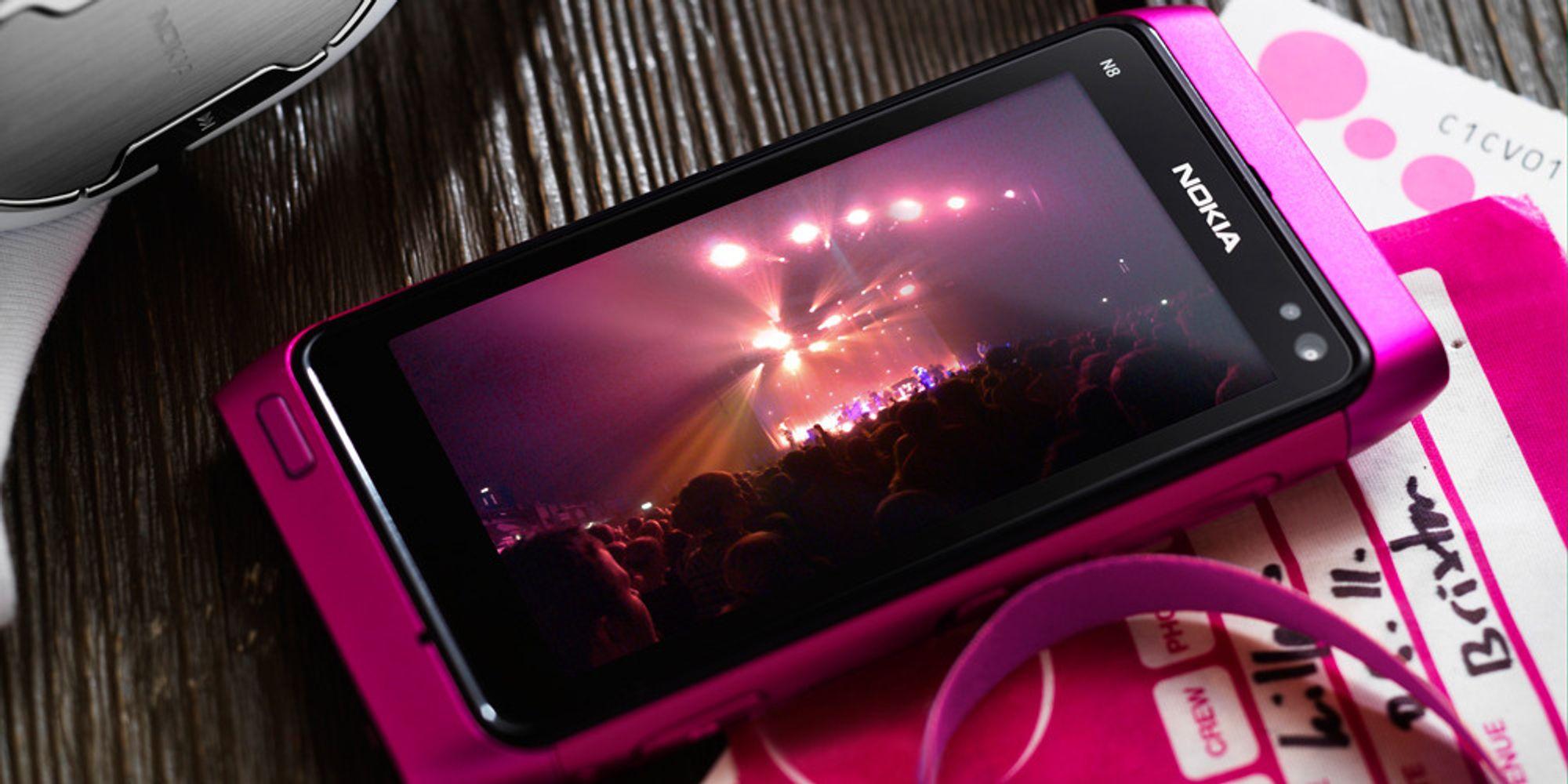 Nokia N8 kommer i rosa