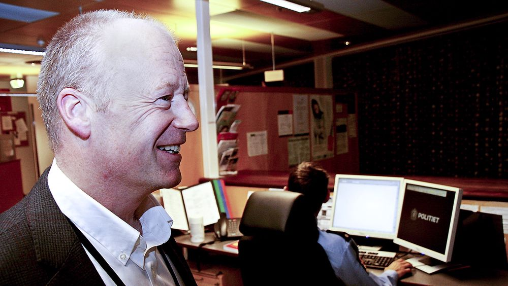 Nybakt ikt-direktør Cato Rindal i Politidirektoratet skal sørge for at etaten blir moden nok til å ta i bruk ny teknologi. I mellomtiden må han be ansatte smøre seg med tålmodighet over ustabile datasystemer.