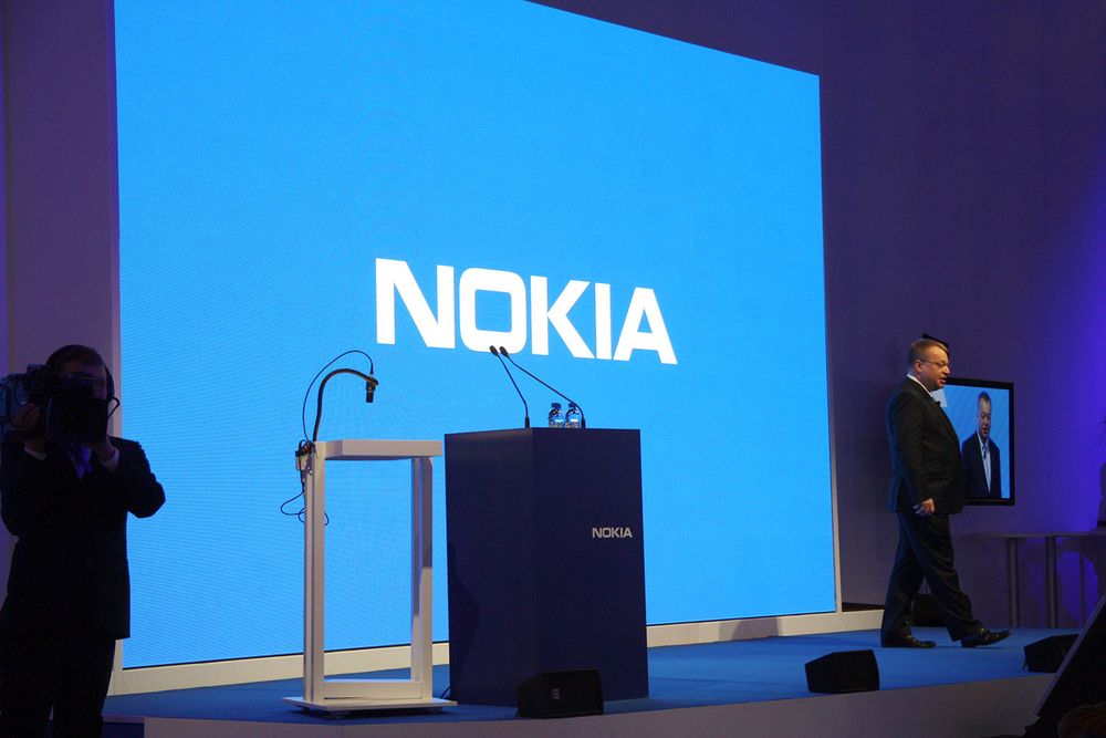 Microsoft kjøper Nokia