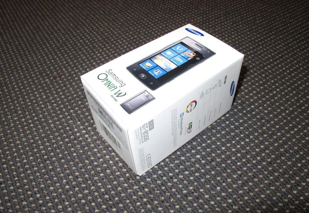 Unboxing av Samsung Omnia W