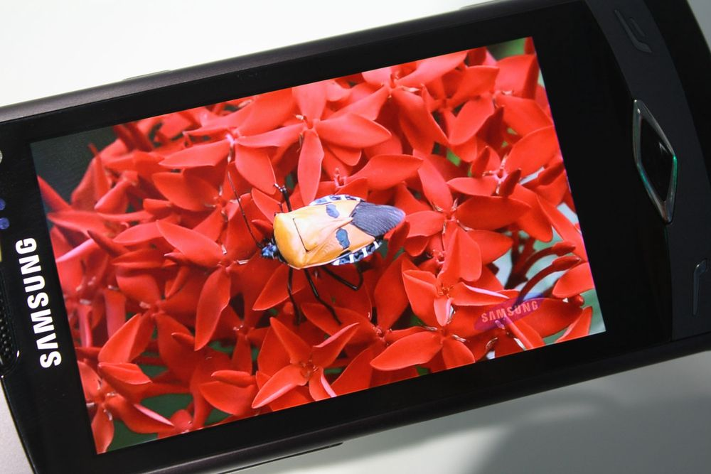 Samsung med verdens første Divx HD-telefoner