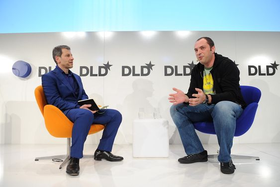 Jan Koum (WhatsApp, r.) talks with David Rowan (WIRED UK) on the podium during the Digital Life Design (DLD) Conference at the HVB Forum on January 20, 2014 in Munich, Germany. DLD is a global network on innovation, digitization, science and culture which connects business, creative and social leaders, opinion-formers and influencers for crossover conversation and inspiration. (Free Press Photo © Hubert Burda Media / Picture Alliance)