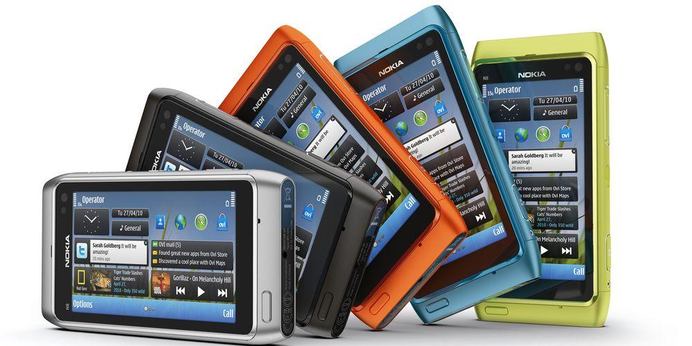 Nokia saksøker i øst og vest