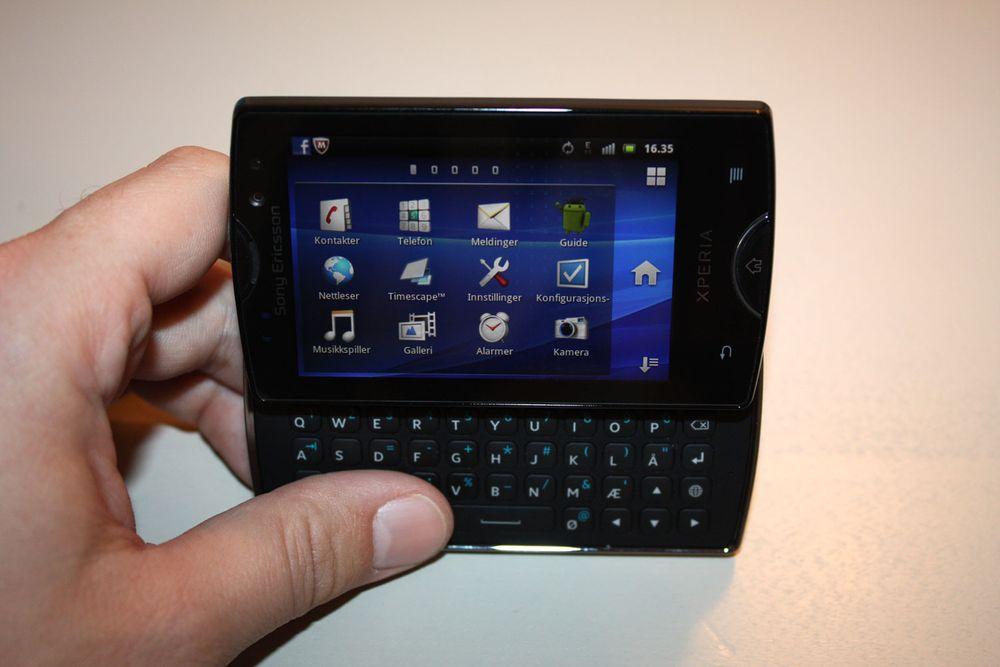 Unboxing av Sony Ericsson Mini Pro
