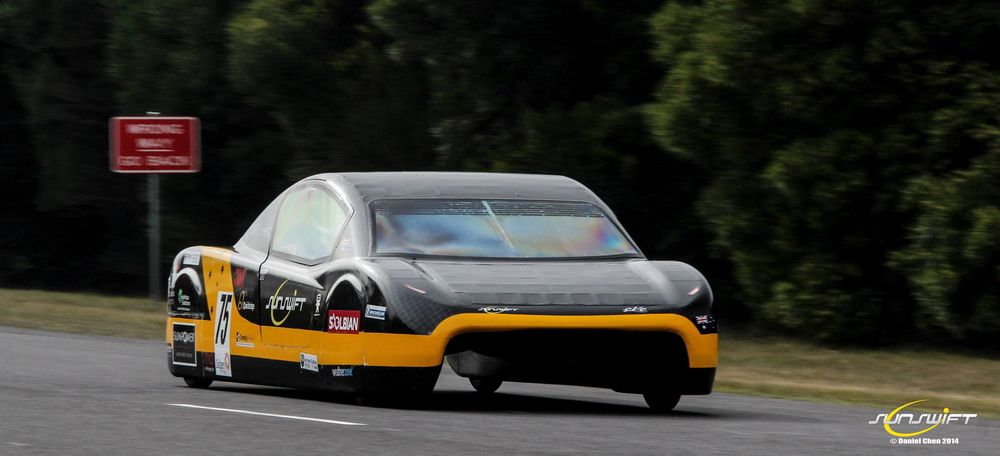Sunwift Eve-teamet vil gjøre bilen klar for kjøring på vanlige veier.