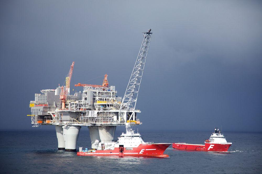 Bedre 4G-dekning på norsk sokkel skal gi mer effektiv kommunikasjon med supplybåter og andre mobile enheter.