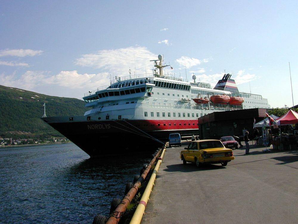 Hurtigruten i Tromsø.