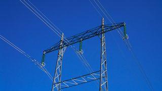 NVE vil splitte kraftselskapene og unngå nettleie-hopp