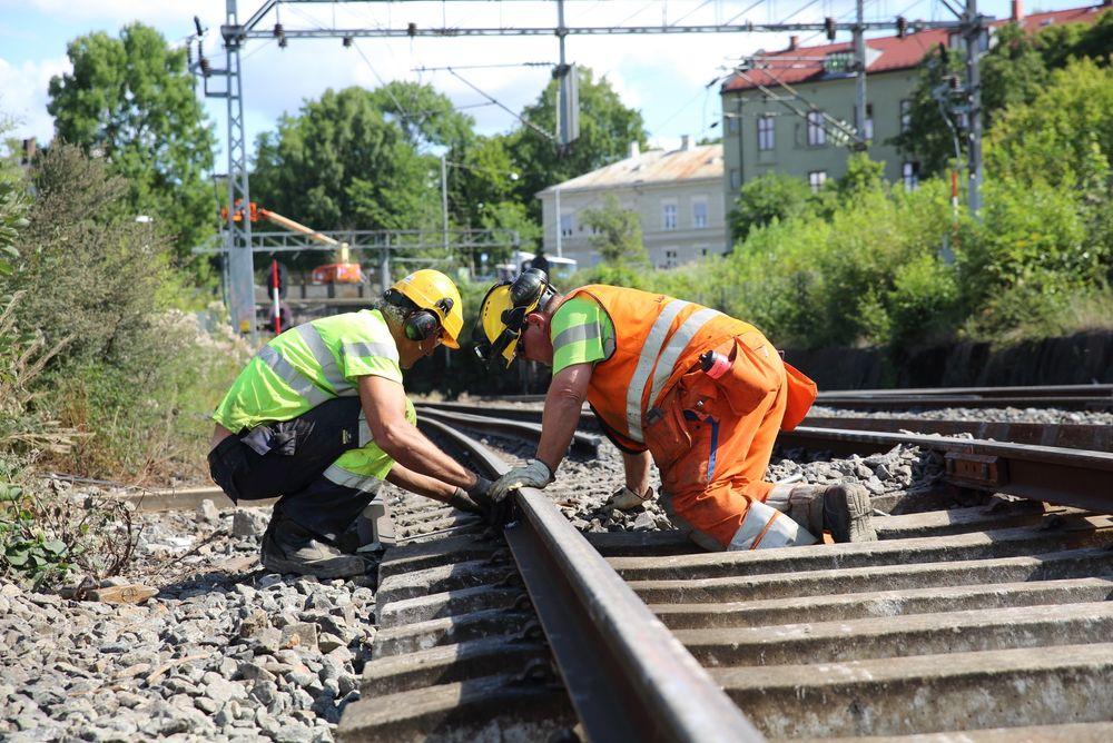 Det har vært store forsinkelser på Østre linje etter innføringen av det digitale signalsystemet ERTMS.