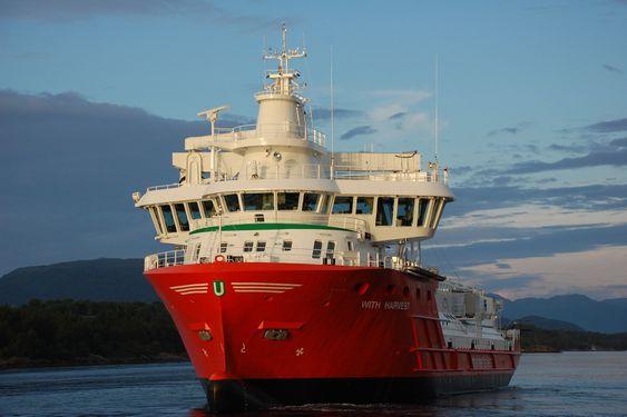 Nominert III: Egil Ulvan Rederi drifter det gassdrevne fôrrskipet for Marine Harvest. Skipet er levert av Fiskerstrand BLRT og dels bygget i Tyrkia.