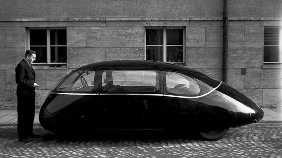 Det er 75 år siden Schlörwagen ble vist fram for publikum for første gang.
