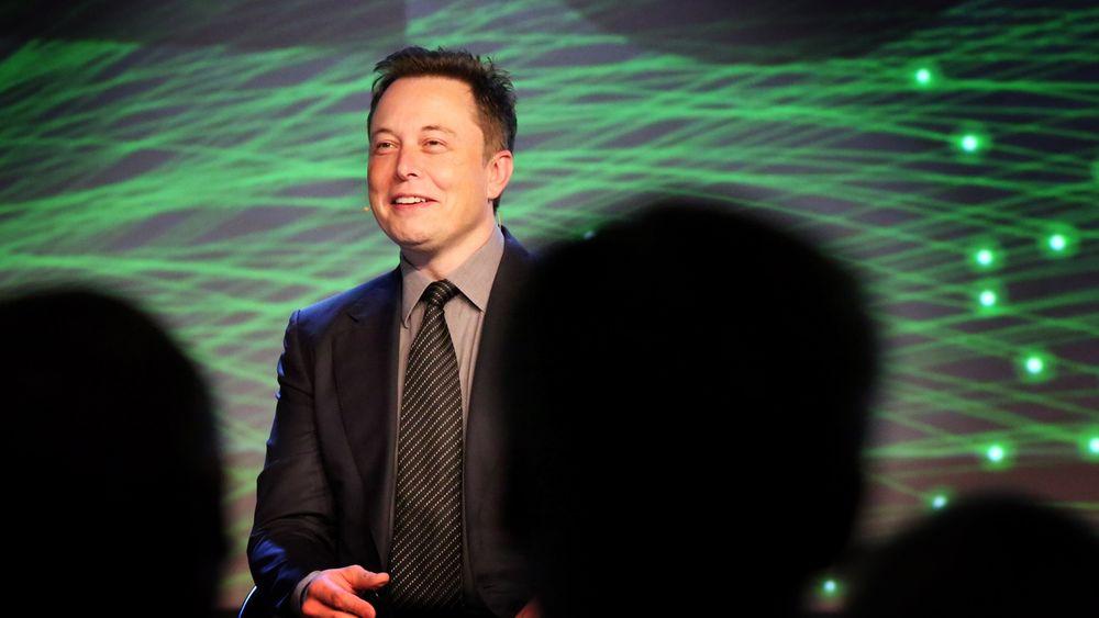 Tesla-sjef Elon Musk var blant de prominente navnene på åpningen av oljemessa ONS i Stavanger mandag.