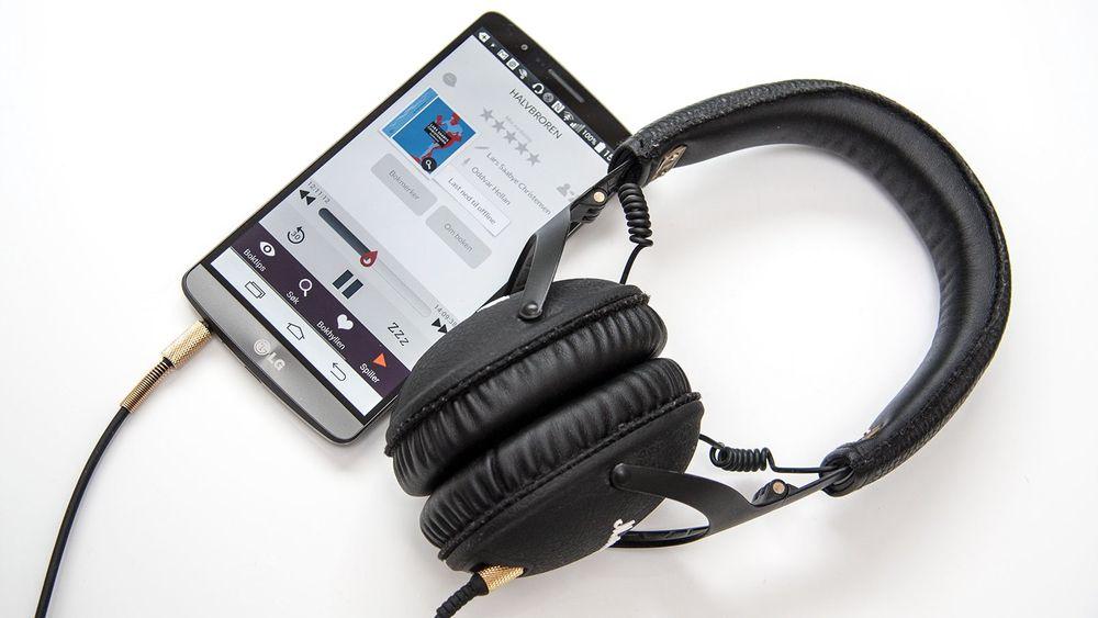 Det er mange måter å få lydbøker på mobilen. Du kan både strømme som i Spotify eller kjøpe til stykkpris. Mange bøker er også gratis.