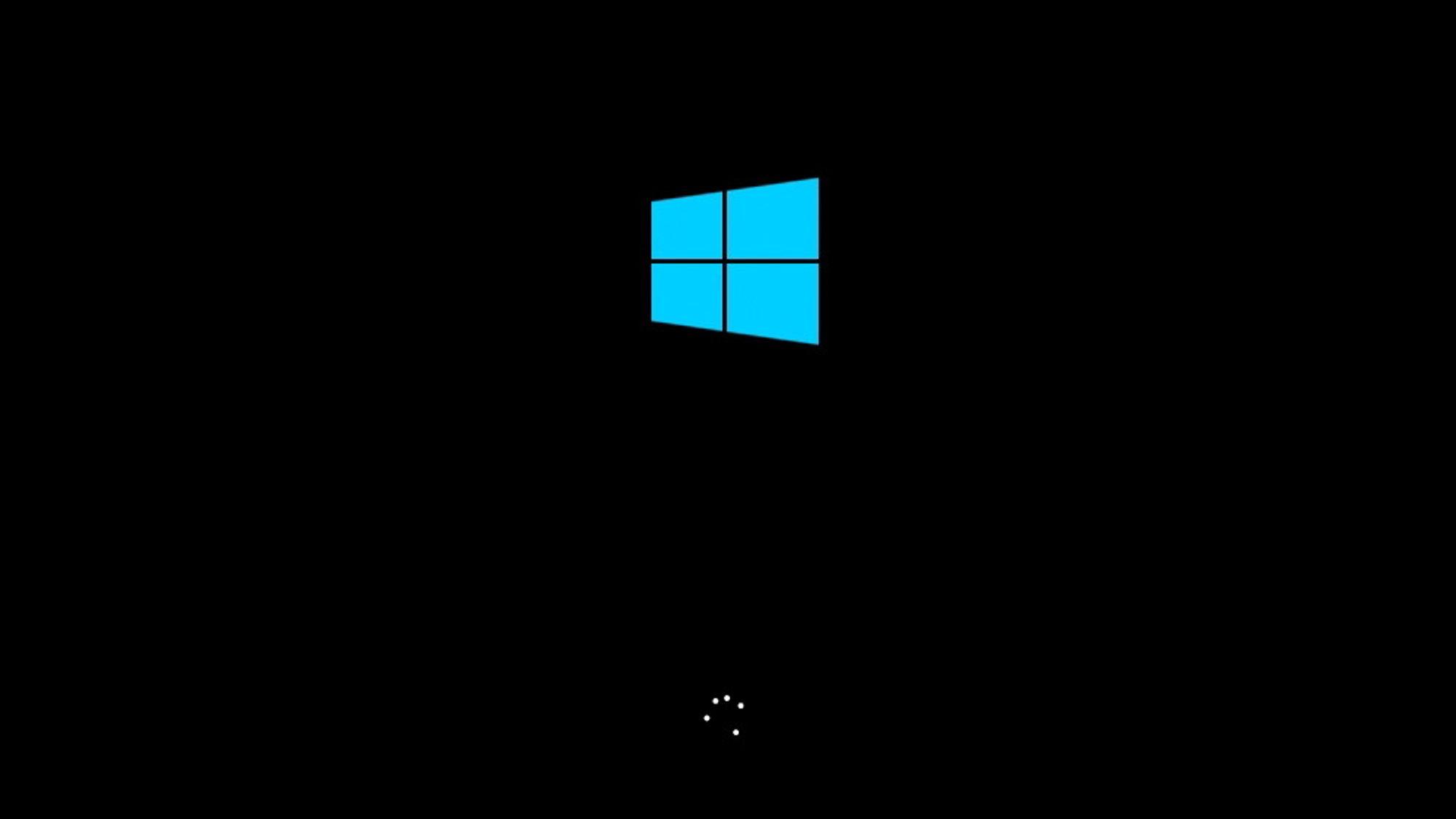 Flere IT-nettsteder sprer rykter om at det lades opp til en ny versjon av Windows veldig snart.