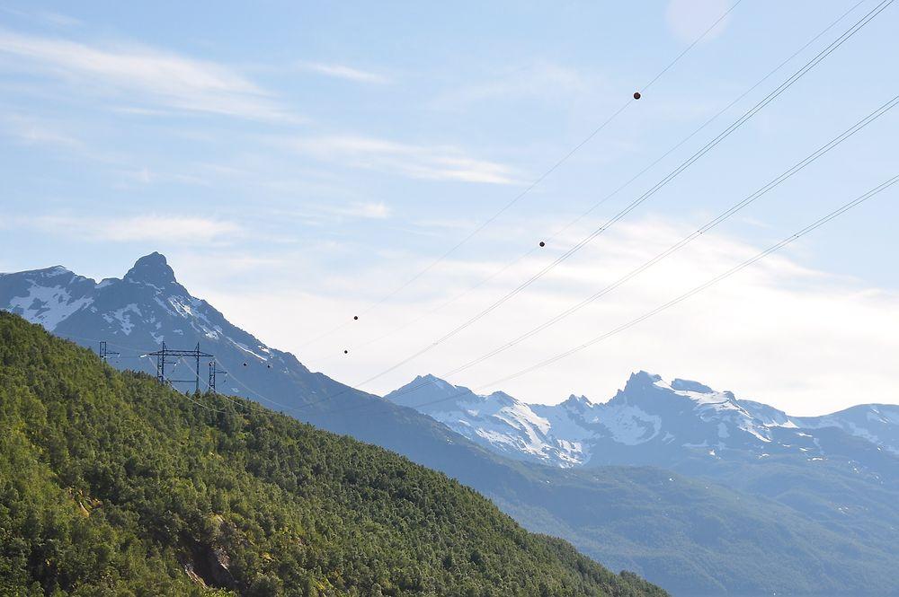 Risiko: Norsk Flygerforbund mener utsettelsen av merkingen av Ocas-spennene til høsten 2015 øker risikoen for alvorlige luftfartsulykker