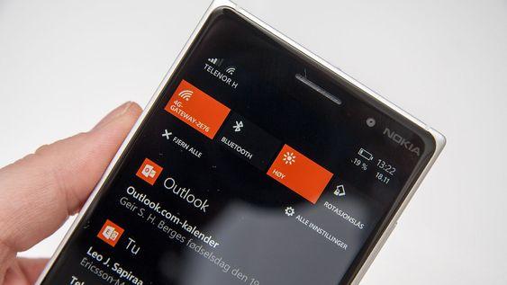 Vi setter pris på at Windows Phone har fått et varsel- og snarveisenter, men det er fortsatt en del begrensninger i dette. Til gjengjeld kan det tilpasses i langt større grad enn på iOS.