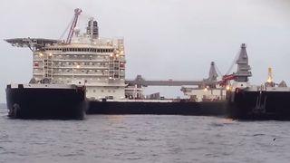 Kontroversielt skip kan være så forsinket at skandaleplattformen Yme ikke blir fjernet i tide