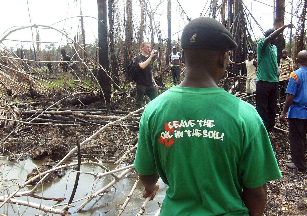 Det har vært en rekke oljeutslipp i Niger-deltaen. Dette bildet ble tatt året før Bonga-utslippet. Foto: Sosialistisk ungdom, Creative Commons