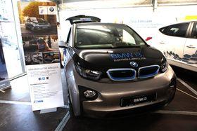 BMW i3 erden første moderne elbilen som selges i Costa Rica.