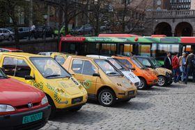 Denne paraden med elbiler fra 2008 var en helt annen enn det det er i dag på Youngstorget.