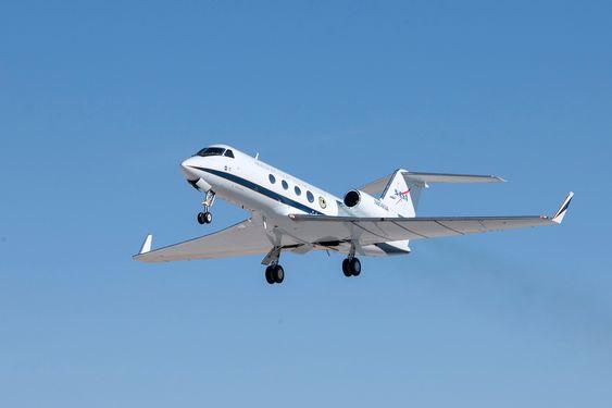 Gulfstream III-flyet fløy med ombygde vinger første gang 6. november.
