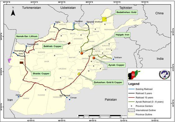 Kartet viser den eksisterende jernbanelinjen og de planlagte, samt hvor det er mineralforekomster.