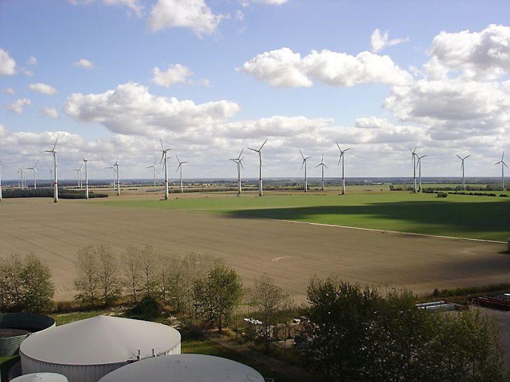 Både spennings- og frekvenskvaliteten Tyskland har i dag kan opprettholdes selv uten bruk av fossile energikilder og kjernekraft, ifølge Fraunhofer Institut.