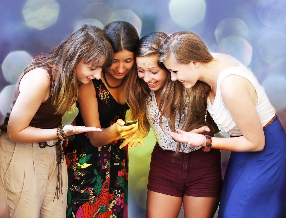 Mange organisasjoner sliter med å nå fram til unge med informasjon.