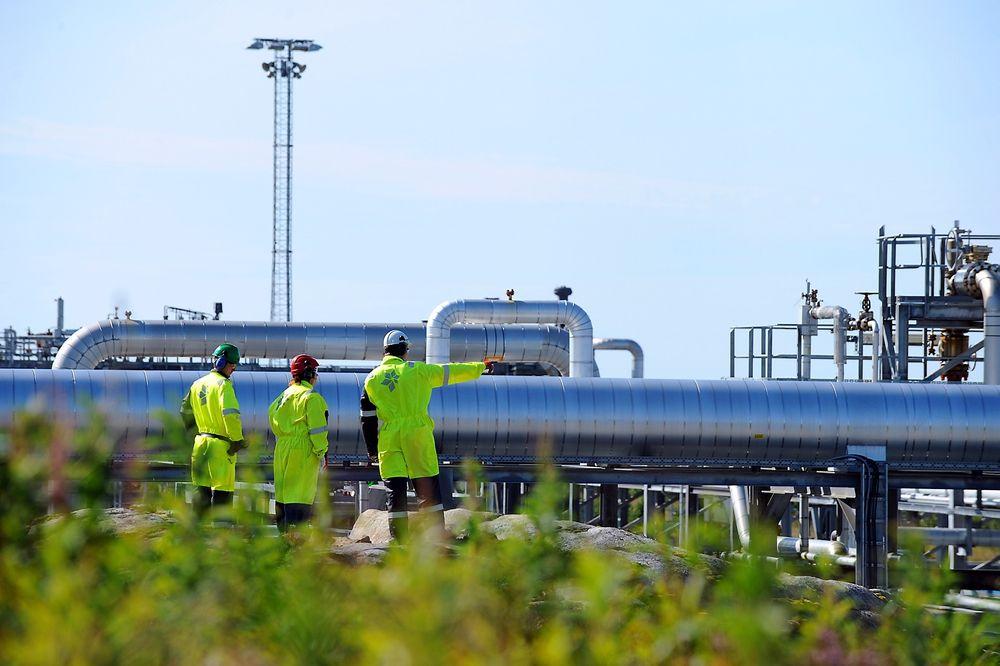 METANOLPRODUKSJON: Industrianlegget på Tjeldbergodden består av en metanolfabrikk, gassmottaksanlegg og luftgassfabrikk. Nå har Reinertsen fått en vedlikeholds- og modifikasjonskontrakt på anlegget som kan vare opptil syv år.