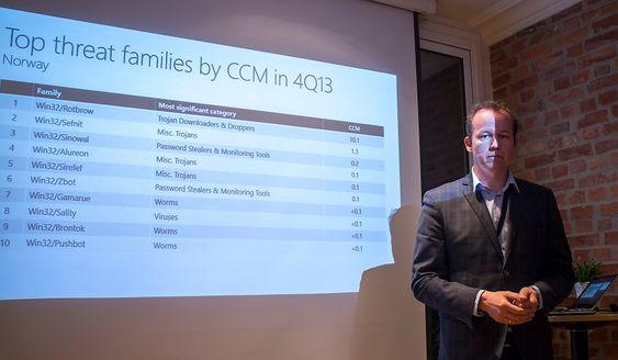 Observerer økning: Avdelingsdirektør Hans Christian Pretorius i Nasjonal sikkerhetsmyndighet er bekymret over at de datakriminelle blir stadig flinkere til å lure seg inn til informasjonen norske selskaper ønsker å beskytte