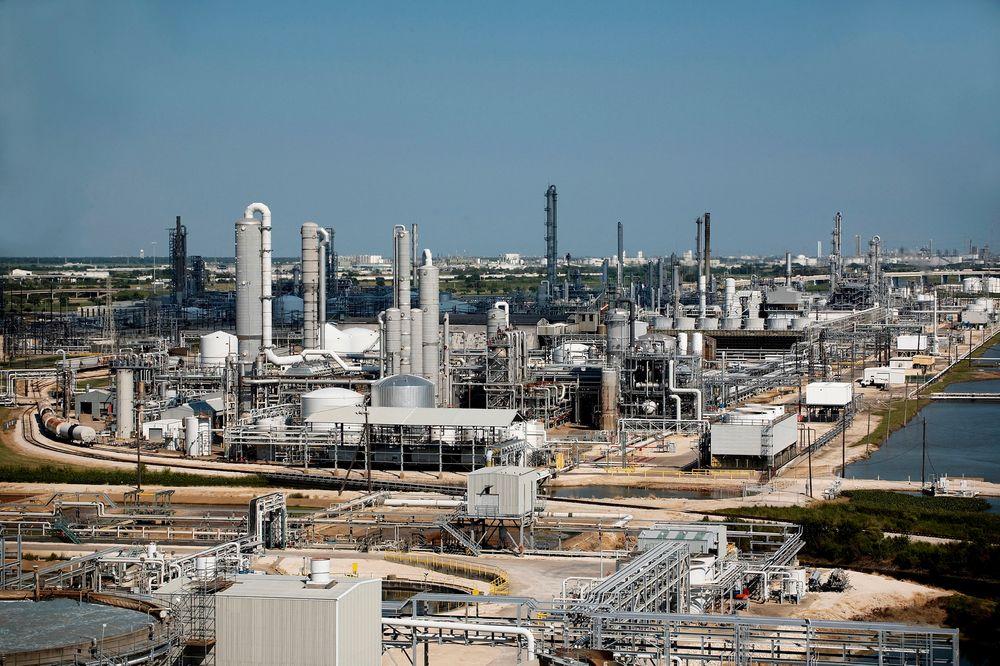 Texas: BASF sitt anlegg i Freeport produserer en rekke basiskjemikalier, tilsatskjemikalier og fiberprodukter. Bildet viser delen som produserer superabsorbente polymerer.