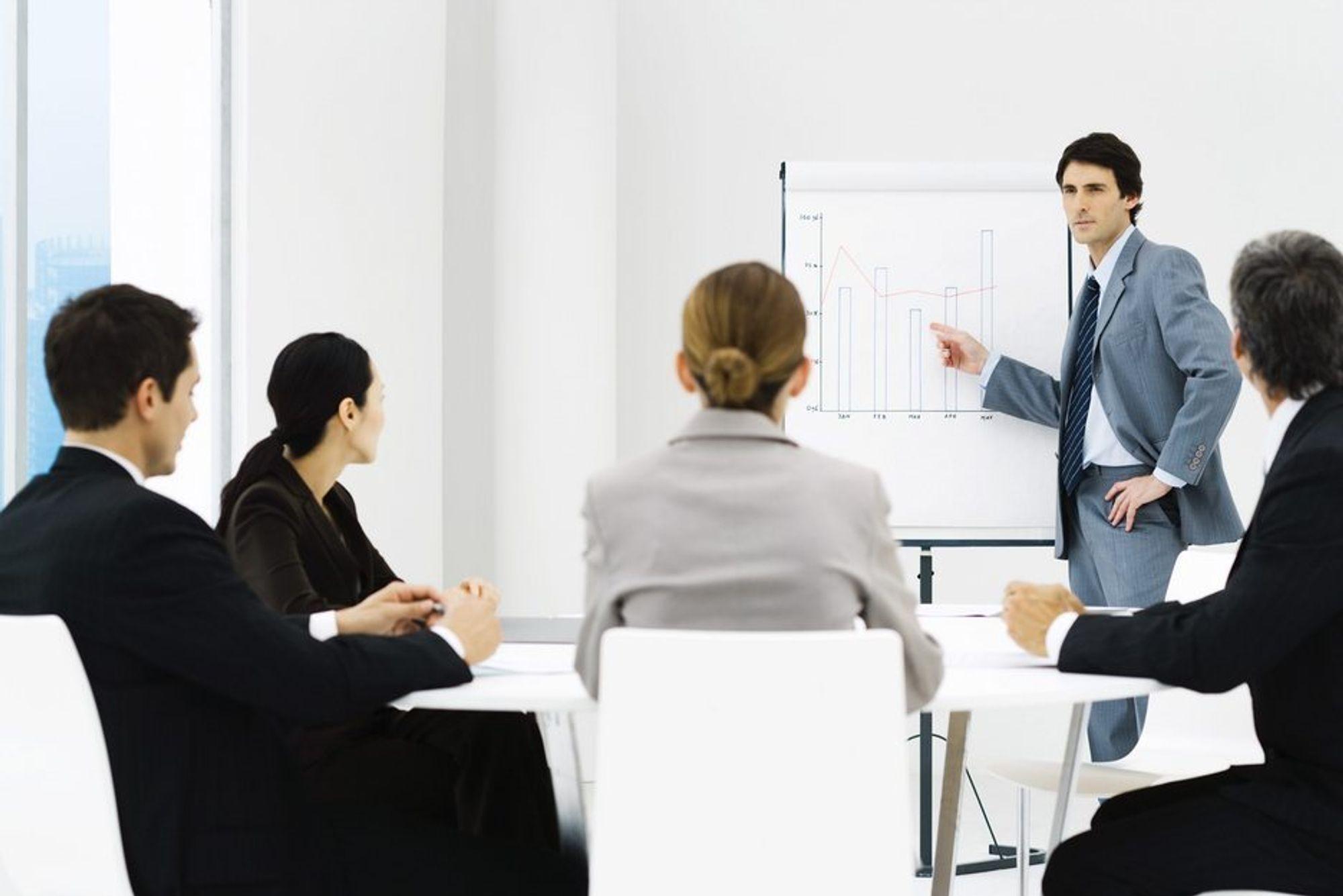 Tøft arbeidsmarked fører til at mange arbeidsgivere kan love mer enn de leverer for å få tak i riktig kompetanse.
