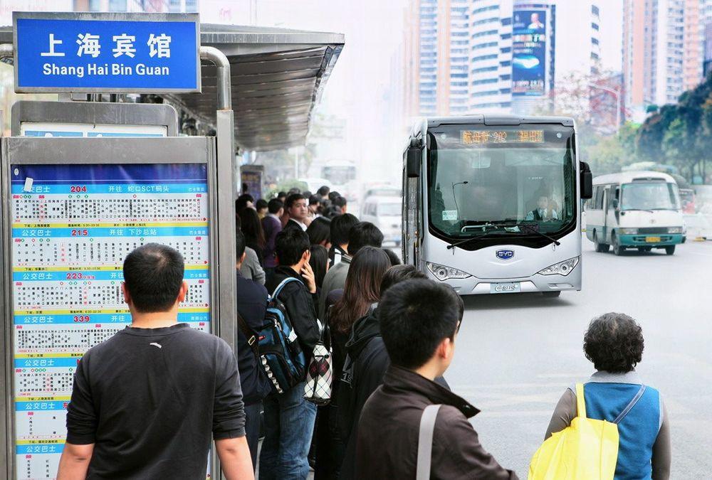 Shenzhen, rett nord for Hong Kong, har hatt over 200 batteribusser i drift i snart tre år.
