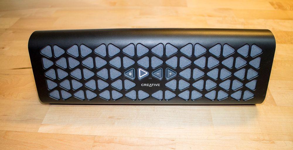 Størst i volum, vekt og lyd: Creative MUVO 20 vinner på lyden, men er størst i volum og tynger mest på vekta.