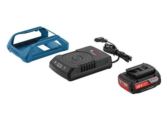 Trådløst batteri: Det nye batteriet som kan induksjonslades ser ut som hvilket som helst av de vanlige verktøybatteriene til Bosch. Ladeplaten har lysdioder som viser ladetilstanden til batteriet. I tillegg kan man få en ramm esom gjør det lettere å sette fra seg verktøyet på ladeplaten.