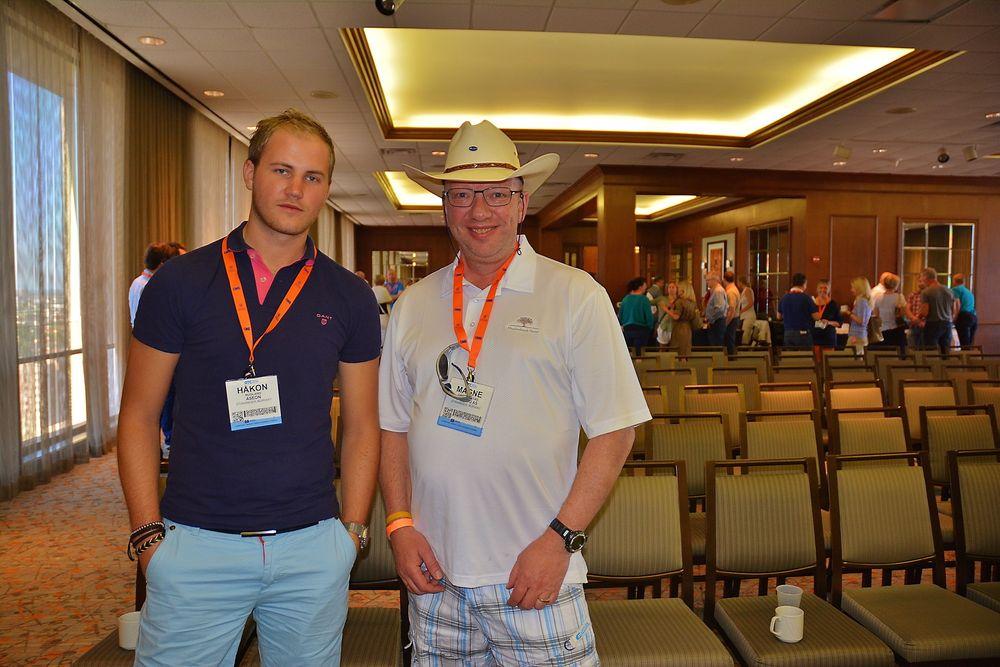 Håkon Rugland i Aseon og Magne Grønnestad i MarLog AS er i Houston for å delta på Offshore Technology Conference (OTC). For dem er nettverksbygging noe av det viktigste med turen, i tillegg til å følge med på ny teknologi.