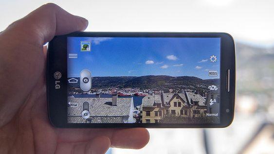 Kameraet har åtte megapikslers oppløsning. Det tar bilder i realtivt god teknisk kvalitet.