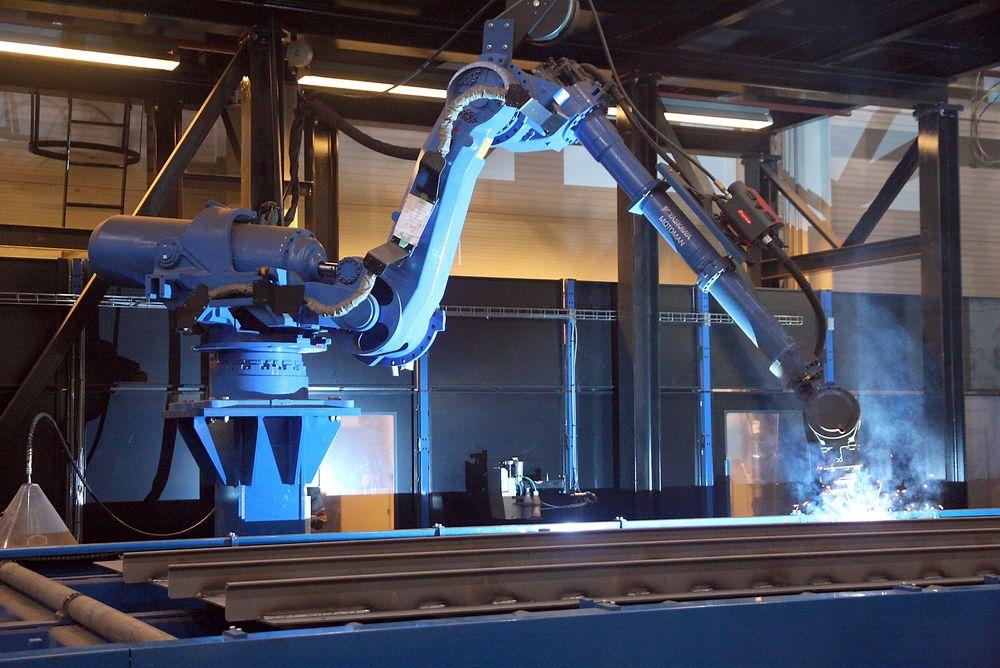 Kvalitet: Det har tatt tid å kjøre inn robotene, men besparelsene og kvaliteten er i ferd med å vises. ⇥Foto: Tore Stensvold
