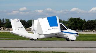 Terrafugias farkost er ikke helt fly, og ikke helt bil.