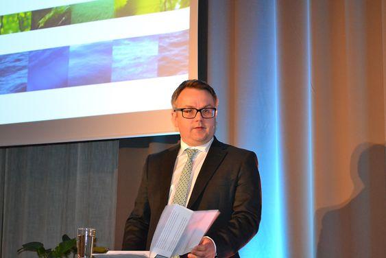 Teknikk og mennesker: Postdoktor Gard Paulsen ser på DNVs fokus på teknologi og kvalitetssikring av organisasjoner, ledelse og HMS-systemer som svært viktig for selskapets posisjon.