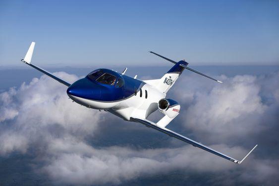 Honda Jet-designen kjennetegnes blant annet av snute og vinger som gir naturlig laminære luftstrømmer og turboviftemotorer montert oppå vingene.