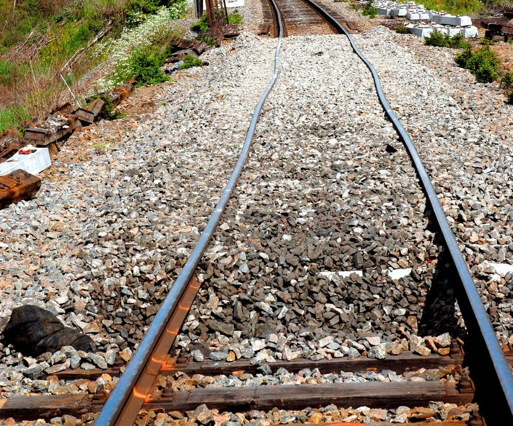 Varme dager kan gi store konsekvenser for jernbanesporene.