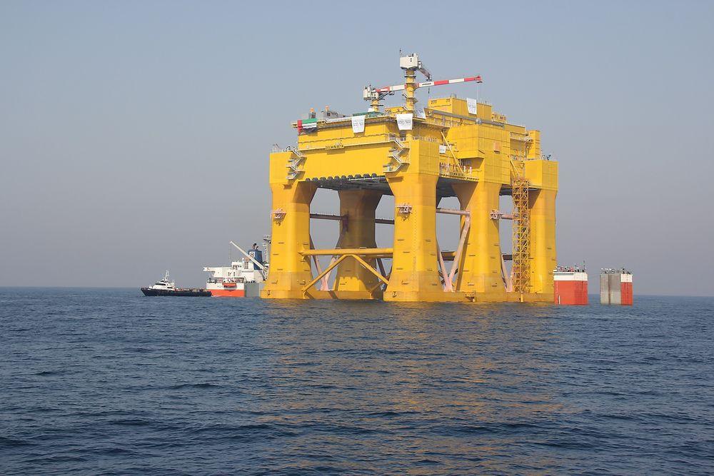 En del arbeid gjenstår på Dolwin Beta plattformen, og det er årsaken til at den nå er på vei til fra Dubai hvor den ble bygget, til Haugesund.