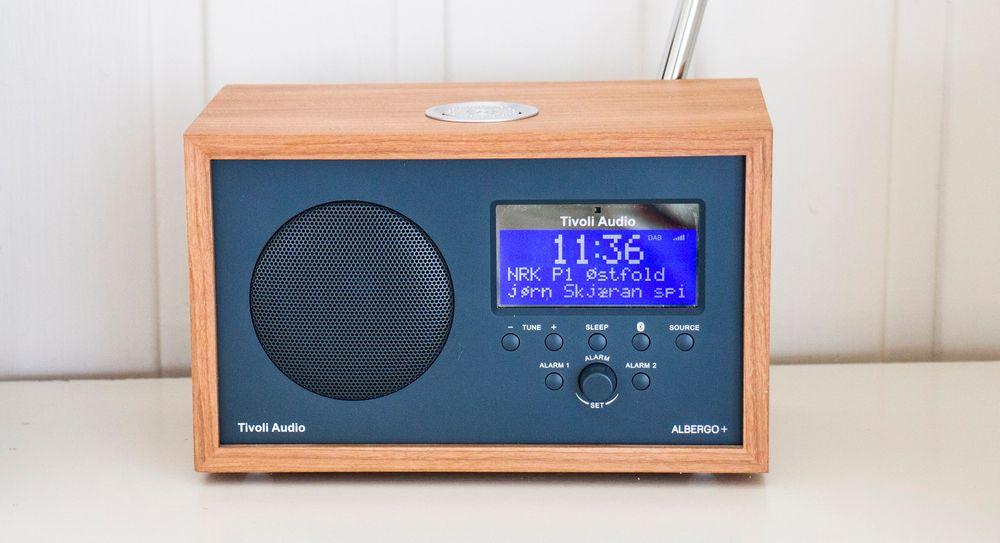 Stort display: Det store blå displayet kjennetegner Tivolis radioer. Albergo+ har to alarmer og gjør den godt egnet som klokkeradio.