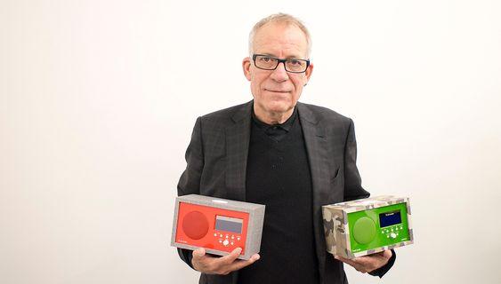 Radiokongen selv: Tivoligründer  Tom deVesto var nylig i Norge for å snakke om Albergo+ og hvordan den kommer i ulike grunnfarger og kan styles opp ytreliger emed hundre ulike kabinetter.