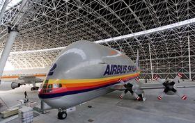Et av de første flyene som har fått plass i Aeroscopia er Super Guppy.