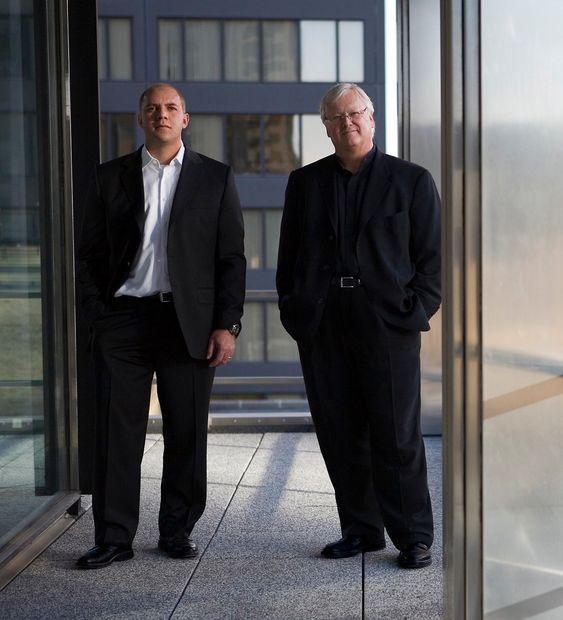 Arkitektene bak: Gordon Gill t.h. og Adrian Smith