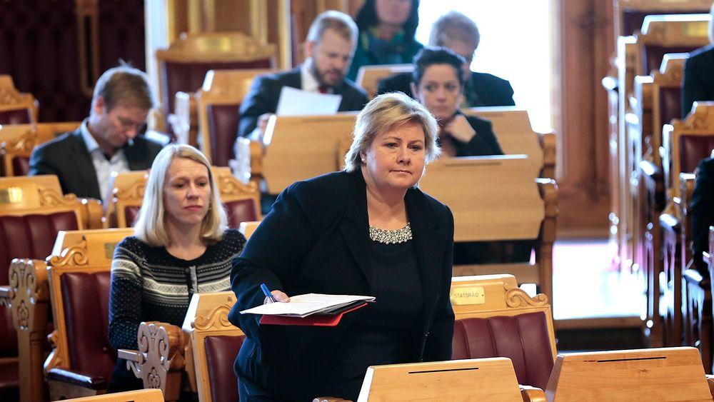 Statsministeren er usikker på hvordan EU-dommen om Datalagringsdirektivet slår ut for den norske lovgivningen om datalagring. Det kan borge for en egen norsk DLD-variant.